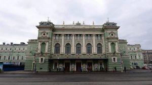 Худрук Мариинского театра не даст реставраторам прикоснуться к зданию