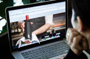 Минпромторг пообещал легализацию онлайн-торговли спиртным