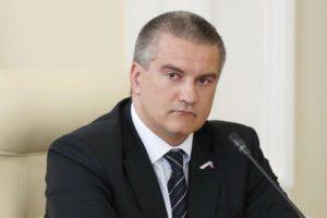 Аксенов недоволен работой министра здравоохранения Крыма.