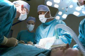 В Краснодаре робот прооперировал больного раком