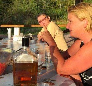Госдума хочет узаконить продажу алкоголя в лесу